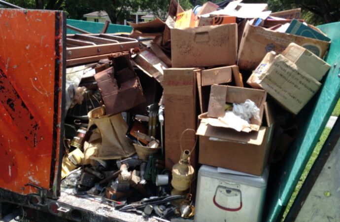 Trash Hauling and Removal-Scottsdale Dumpster Rental & Junk Removal Services-We Offer Residential and Commercial Dumpster Removal Services, Portable Toilet Services, Dumpster Rentals, Bulk Trash, Demolition Removal, Junk Hauling, Rubbish Removal, Waste Containers, Debris Removal, 20 & 30 Yard Container Rentals, and much more!