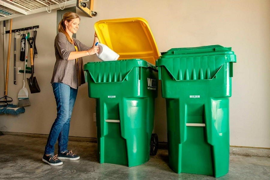 Fountain-Hills-Scottsdale-Dumpster-Rental-Junk-Removal-Services-We Offer Residential and Commercial Dumpster Removal Services, Portable Toilet Services, Dumpster Rentals, Bulk Trash, Demolition Removal, Junk Hauling, Rubbish Removal, Waste Containers, Debris Removal, 20 & 30 Yard Container Rentals, and much more!